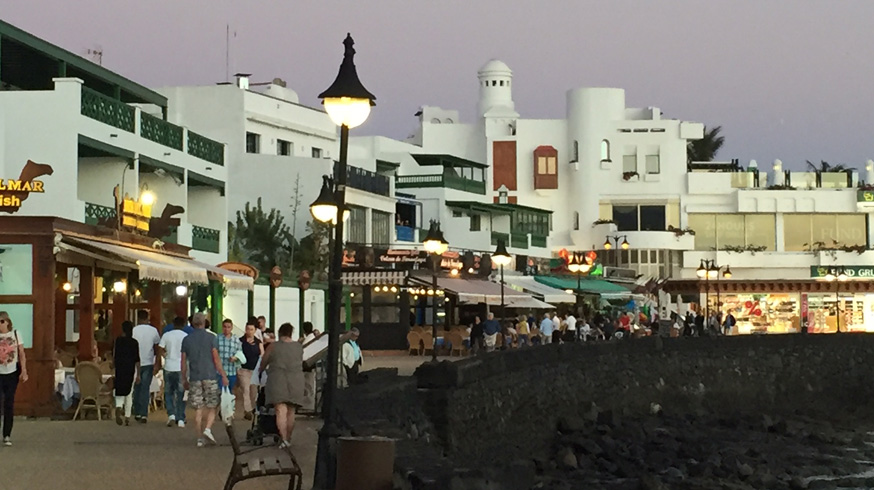 Shops, bars and restaurants in the charming Playa Blanca town.